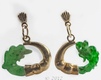 Vintage carved jade and silver vermeil earrings. (erja855)