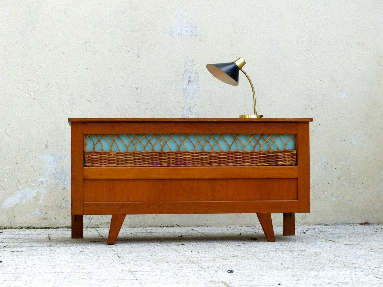 banc coffre vintage en ch ne haute juice. Black Bedroom Furniture Sets. Home Design Ideas