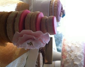 Wedding party favors (elegant sugar cookies)