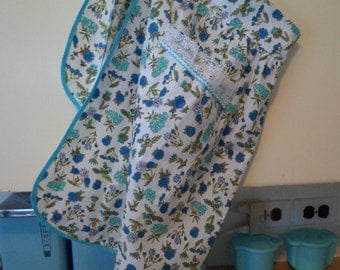 Sweet Vintage Half Apron~Cotton with Aqua/Blue/Green Flowers~Farmhouse Kitchen!
