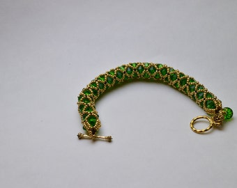Handwoven Beaded Caterpillar Bracelet / Handwoven Beaded Bracelet / Round Bracelet