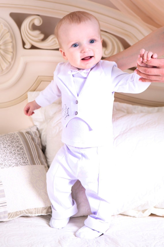 Baby boy Christening outfit. Boy baptism outfit. Baby white wedding Suit. Handmade baby boy clothes. Newborn cotton suit. Three Snails.