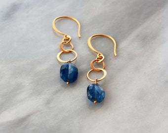 Kyanite Gold Earrings, 24k Gold Vermeil Earrings, Interlocking Circles, Lightweight Dangle, Gemstone Drop Earrings, Handmade Jewelry