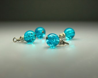 Bead Dangles Vintage Style Turquoise Crackle Glass BL1934