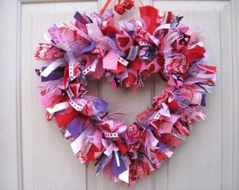 Valentines Day Wreath, Valentine Heart Wreath, Fabric Ribbon Wreath, Valentine Decor, Valentine Door Wreath, Pink Heart Wreath, Heart Decor