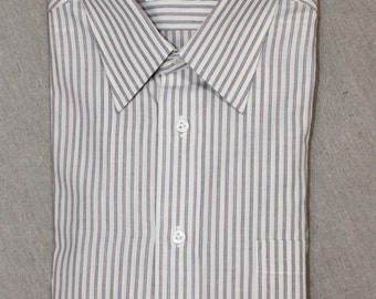 vintage 70's - 80's -Hathaway- Men's long sleeve dress shirt. 'New Old Stock'. Striped 'English Poplin'.  Medium 15 1/2 x 34/35