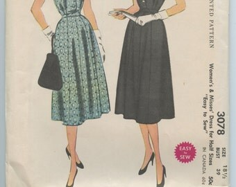 1950s Day or Evening Dress V Neck Gored Skirt Cap Sleeves McCalls 3078 Vintage Sewing Pattern Bust 39