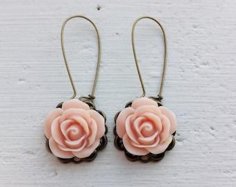 Blush Pink Earrings/Pink Earrings/Rose Earrings/Gift For Her/Rustic Wedding Earrings/Bridesmaid Earrings/Blush Earrings/Mother's Day Gift