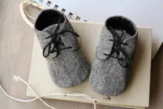 Baby boy GREY or BROWN tweed shoes wool by MartBabyAccessories