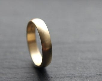 4mm wedding ring in recycled 9ct yellow gold, featuring D-shape profile and brushed finish - made to order