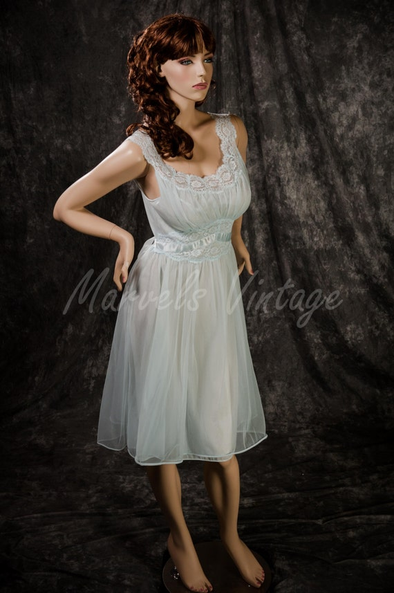 Vintage Vanity Fair Lingerie Double Chiffon Nightgown Light