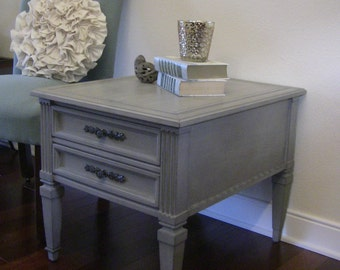 SOLD***********************Gorgeous French Provincial, French Country Vintage Gray Side Table/End Table/Nightstand-Vintage Hammary Furniture
