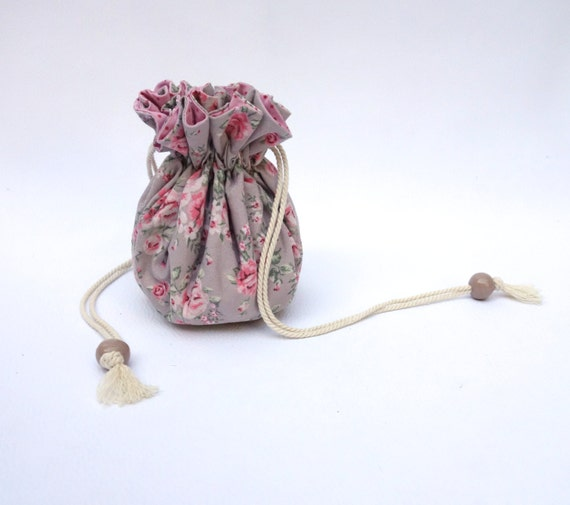 Jewelry drawstring bag travel jewelry pouch by sakamaliss for Drawstring jewelry bag pattern