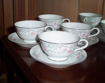 Valmont China Melody Pattern 4 Cups & 4 Saucers Platinum Trim