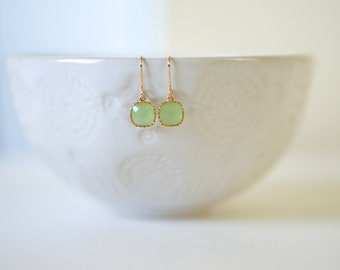 Light Green Peridot and Gold Earrings | Bridesmaid Earrings | Wedding Jewelry