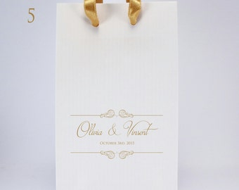 White Wedding Favor Bags with Handles - 100 Personalized Paper Gift Bags with Couple's Names and Wedding Date - SMALL Wedding Paper Bags