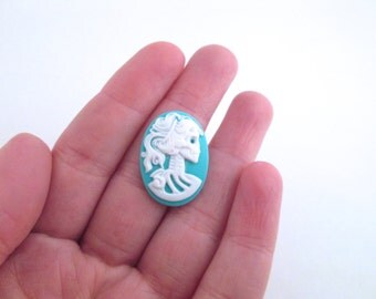 18x25mm turquoise blue skeleton cameos, Lolita, Day Of The Dead Cabs