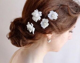 white flower hair pins, Swarovski pearl bobby pins, wedding hair clip, bridal hair accessories, bridal hairpiece, bridesmaid accessories