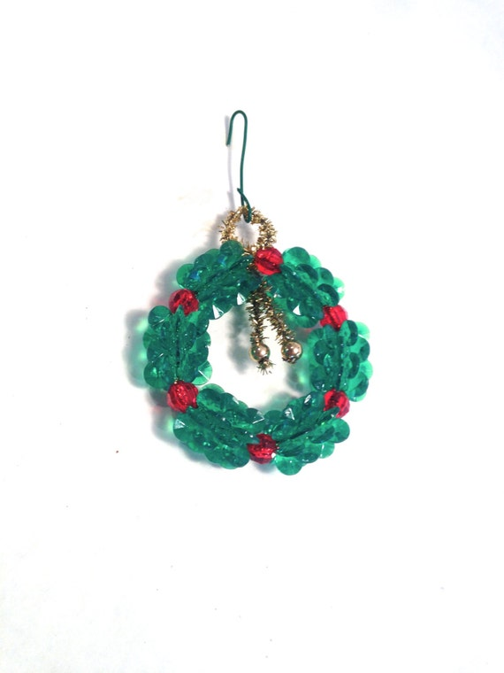 retro beaded wreath ornament green and with gold