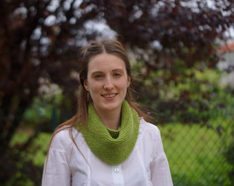 Mini Spring Green shawl