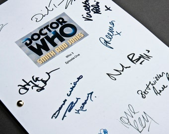 Doctor Who TV Script with Signatures/Autographs Reprint Dr Who Smith and Jones