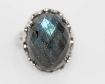 925 Labadorite Ring .