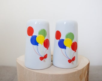 70s Salt and Pepper SHAKERS salt and pepper shaker COLORFUL CIRCUS Salt Shakers