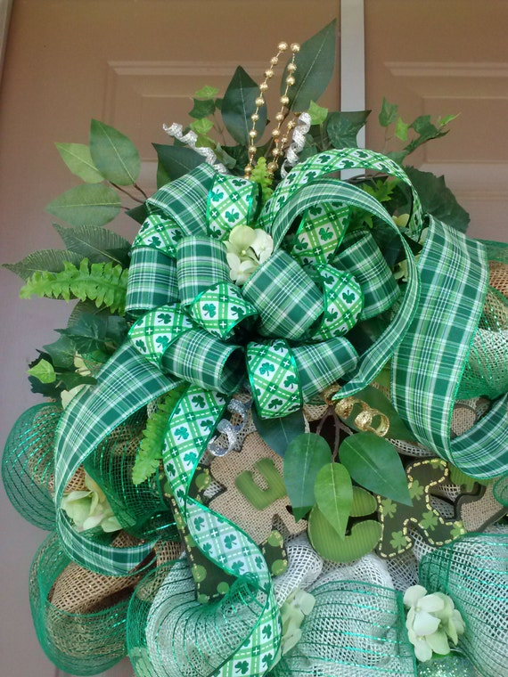 st patricks day wreathst patricks day deco by overandbeyonddesigns. Black Bedroom Furniture Sets. Home Design Ideas