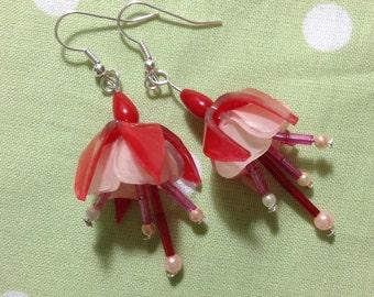 SALE! Fuchsia Flower Earrings