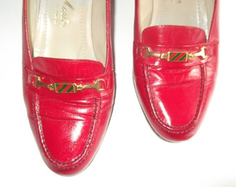 Vintage Red Shoes HIGH QUALITY Pure Leather Women's Heels - Lovely Front Charm - Size 3