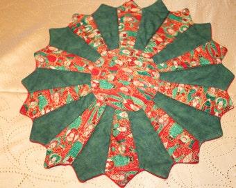 Christmas Tree Skirt Table Centerpiece Topper Wisemen Reverses Dresden Style