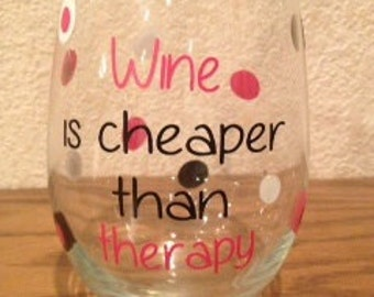 decorated wine glass vinyl lettering