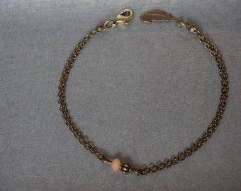 Elegant bracelet-antique copper with beads and feather