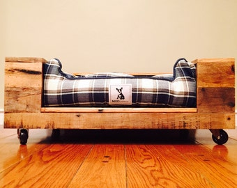 pallet wood dog bed - Dog Beds For Large Dogs