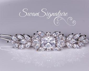 Bridal Hair clip, Swarovski Wedding Hair Accessory, Wedding jewelry, rhinestones, Hair Clip, Wedding jewelry Vintage. hc11