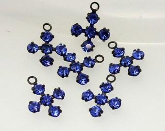 4pcs--Vintage, Swarovski Crystal Cross, Choose Color, 11x14mm (B15-1)