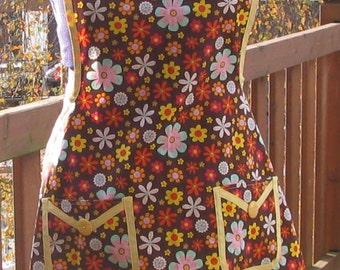 Retro flowered apron, cotton apron