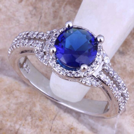 dr who inspired tardis ring great for an by allthingsgeekchic