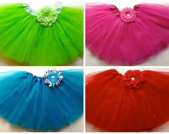 Tutu with attached flower ( Choose your color)