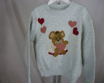 Girls Valentine sweatshirt size 6 to 8  heather gray with embroidered and painted bear and hearts  handmade