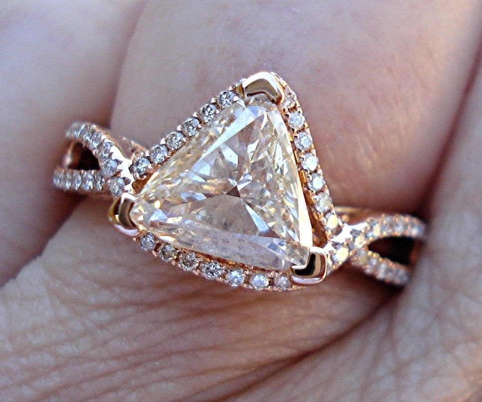 trillion cut diamond solitaire ring in 14k pink gold triangle. Black Bedroom Furniture Sets. Home Design Ideas