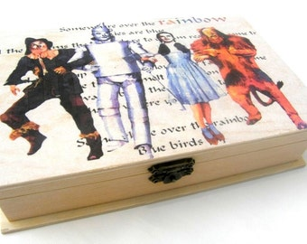 Wizard of Oz, Wooden box, Personalized wooden box, wood, box, The wizard of Oz box, cinema box, movie box, original wooden box, Unique gift