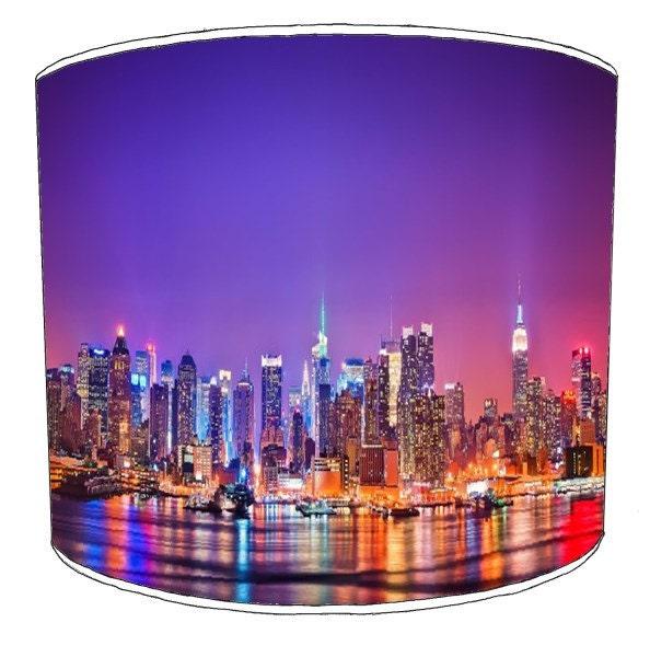 abat jour color skyline new york pour une par premierlampshades. Black Bedroom Furniture Sets. Home Design Ideas
