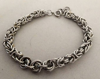 Silver Byzantine Weave Chainmaille Bracelet With Mobius Units