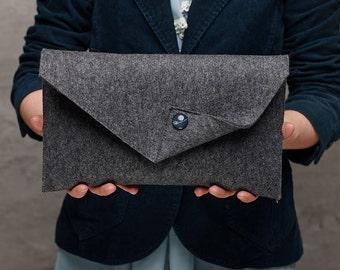 Dark grey Merino wool felt clutch bag, grey large felt clutch for woman, grey elegant clutch, grey felt clutch, clutch bag, handmade bag