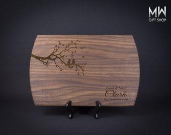 Personalized Cutting Board, Custom Cutting Board, Wedding Gift, Anniversary Gift, Birthday Gift, Holiday Gift.