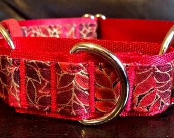 Red vine martingale collar