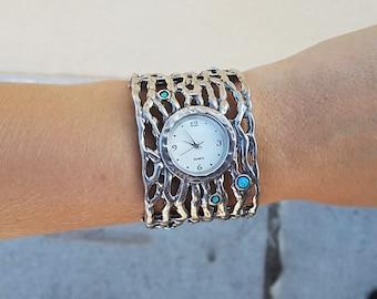 Israeli-style watch