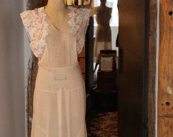 Late 20s - Early 30s // Sheer Silk Chiffon // Summer Dress