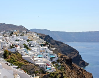 Cliffside in Oia, Santorini | Greece Photography